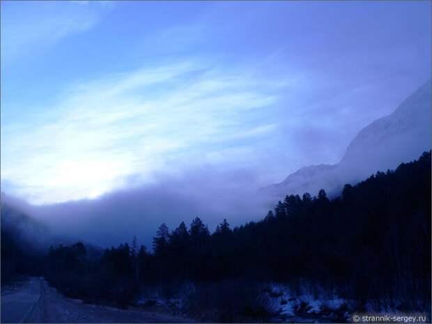 Баксанское ущелье горы вечер сумерки