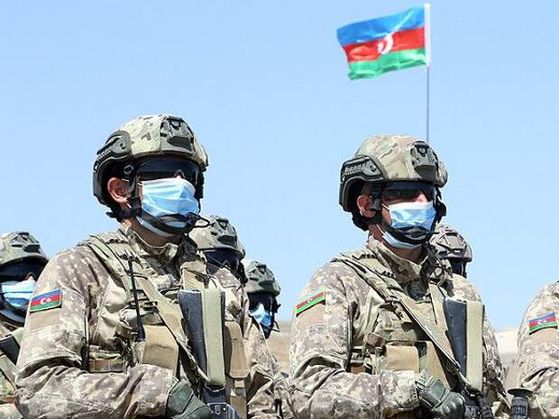 Войска Азербайджана дважды продвинулись за границы Армении