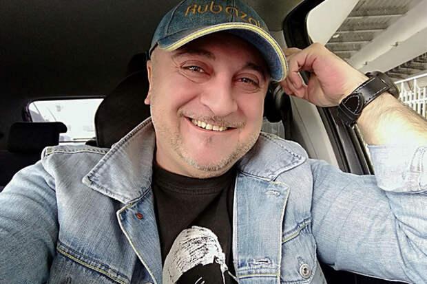 """Ведущий радиошоу """"Однажды в городе"""" Рубен Акопян умер в 48 лет"""